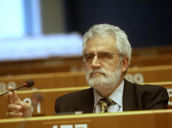 «La globalización neoliberal ha producido verdaderas contrarreformas agrarias» Vicent Garcéspara Diagonal
